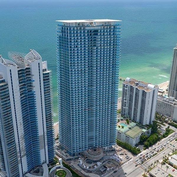 Jade Signature Residential Condominiums